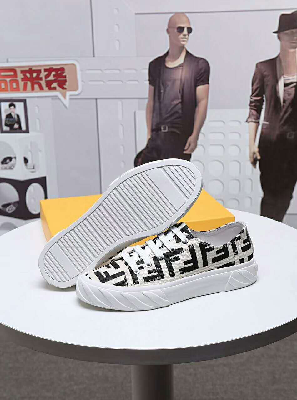 FENDI Shoes-22